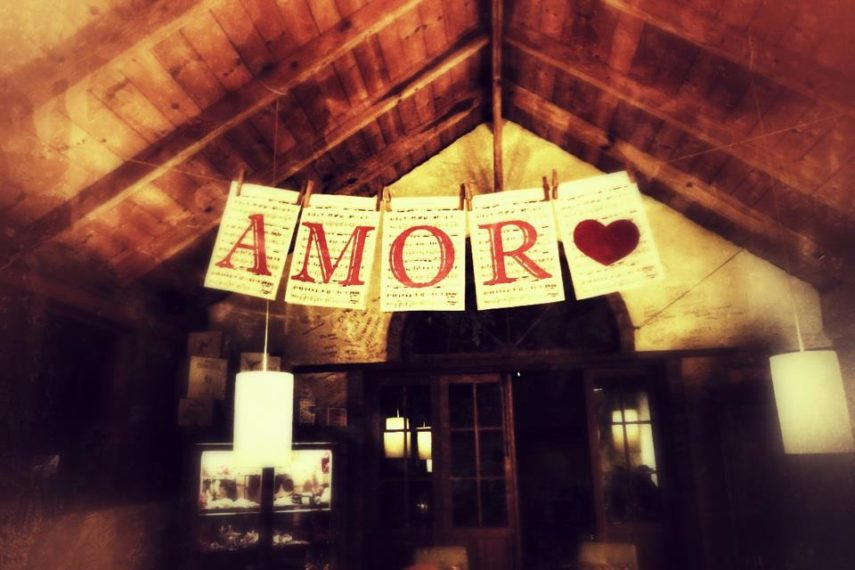 A sign of love- a restaurant in Missiones, Argentina.